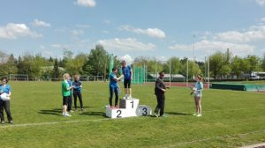 Elke Grahnert bei der Siegerehrung (2. Platz)